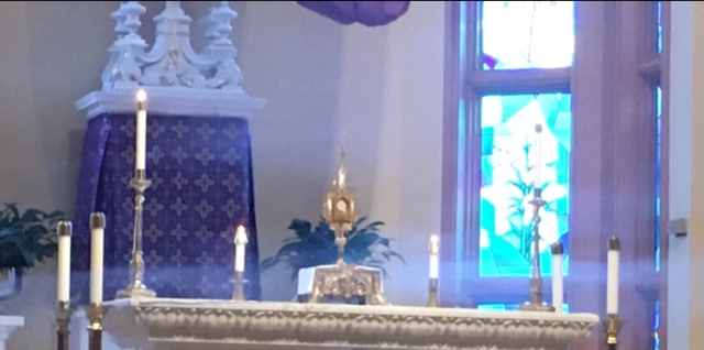 incense below monstrance
